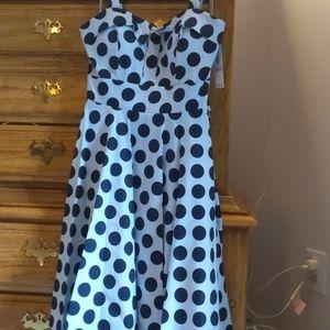 Women's Size 6 black polka dot white dress so cute